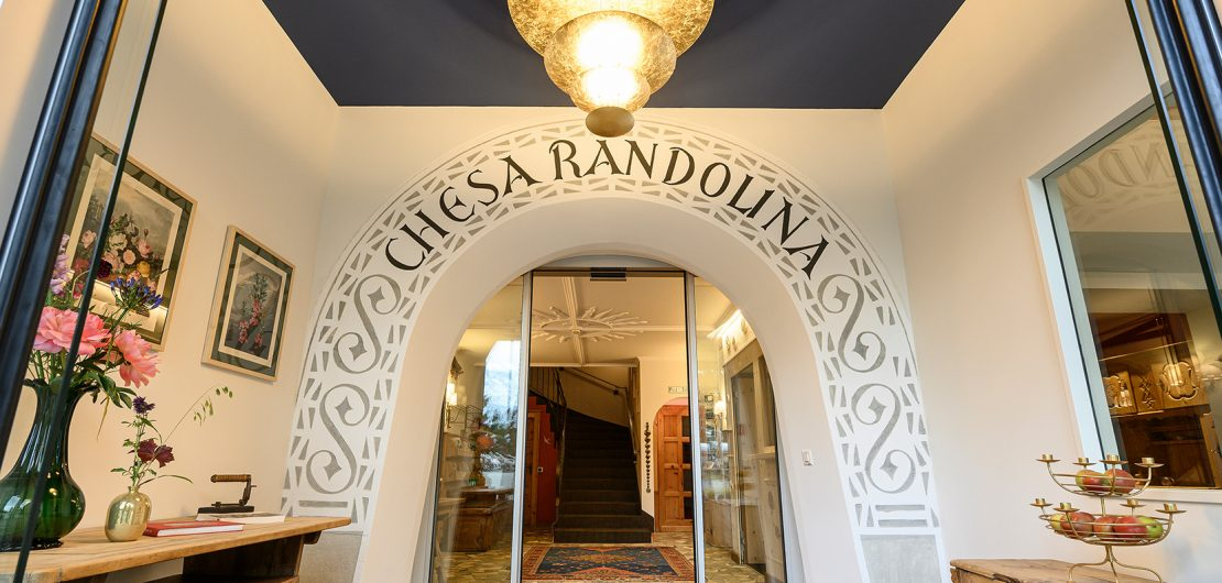 Hotel Chesa Randolina Sils Engadin Segl Language offer Best 3 Star Hotels