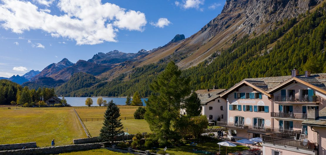 Hotel Chesa Randolina Sils Engadin Segl golden autumn Best 3 Star Hotels